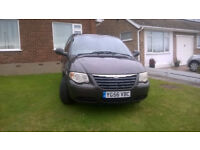CHRYSLER VOYAGER LOW MILEAGE GOOD CONDITION LATE NOV 06 REG 87,500 MILES PRIVATE
