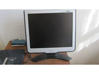 """17"""" Philips monitor in very good working condition with cables. £30"""