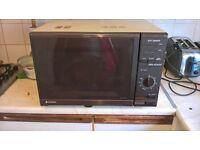 Hitachi 30L microwave good condition