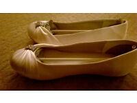 size 5 ivory wedding flat shoes