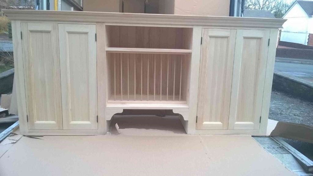 Solid pine kitchen wall cabinet with plate rack