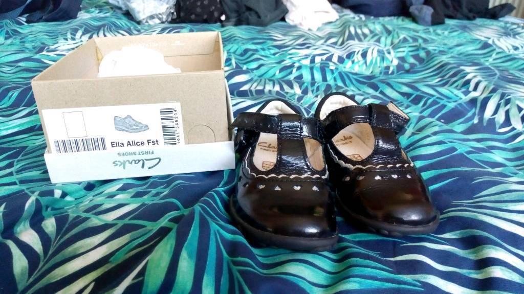 Clarks 4G Black Patent Shoes