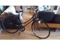Vintage 1970s 26inch Women's Raleigh Bicycle/ Bike
