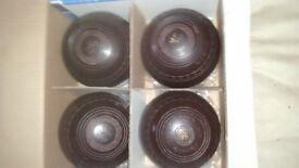 4 x Henselite bowls size 5