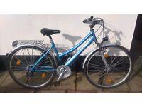Blue senatorl ladies / teenagers bike