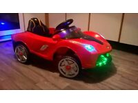 KID 'RIDE-ON' ELECTRIC CONVERTIBLE CAR, 12V, AGES 3-8 YEARS OLD, EX-DISPLAY, HALF PRICE! GREAT FUN!