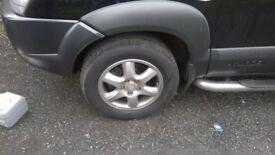 hyundai tucson alloys and tyres