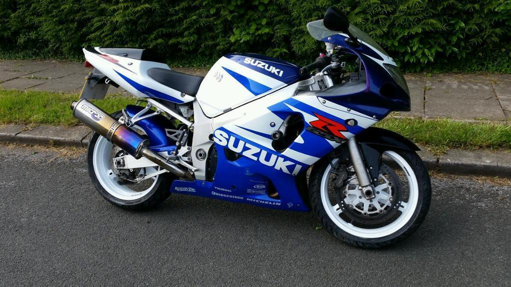 suzuki gsxr 600 k2 2002 in llanedeyrn cardiff gumtree. Black Bedroom Furniture Sets. Home Design Ideas
