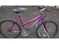 LADIES MOUNTAIN BIKE ADULT 18 INCH FRAM 26 INCH ALLOY WHEELS