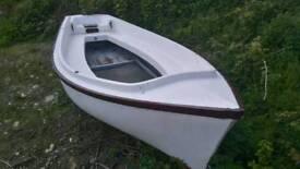Boat forsale 15ft nice river boat