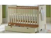Cot with drawer underneath and 3 mattress heights