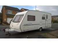 Sterling Moonstone, 4 berth, end washroom, excellent condition inside & out, motor mover.
