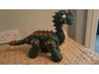 Green dinosaur (battery operated)