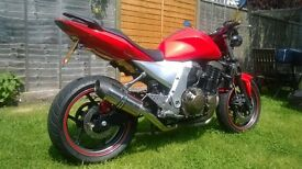 ZR 750 K1H - Only 26000 miles, very clean and tidy. Only used in dry conditions. Bargain for £1800