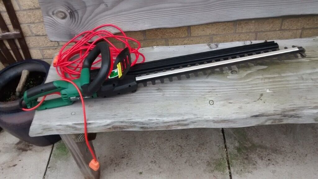 Qualcast GHT600A1 Corded Electric 600w Hedge Trimmer - EXCELLENT, LITTLE  USED & CLEAN CONDITION | in Whitchurch, Cardiff | Gumtree