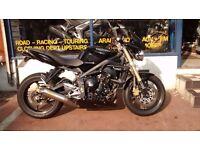 Triumph Street Triple 675cc Motorcycle Yr 2010 New MOT & 3 Months Warranty