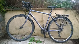 Dawes Galaxy AL 2013: lightweight tourer / commuter bike with pannier rack