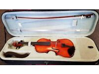For sale - Hidersine Vivente 3/4 Size violin. Used. V good condition