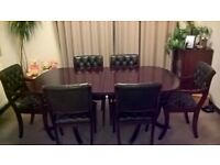 Beresford Hicks extendable table and chairs