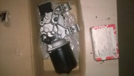 renault clio parts brand new wiper motor plus brand new ball joint £50