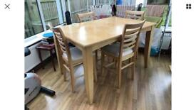 Dinning table - Oak Wood - Used Table - 5ftx5ft