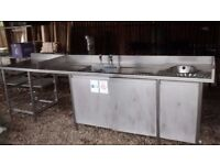 COMMERCIAL STAINLESS STEEL SINK UNIT WITH CABINET BASE HAND WASH SINK AND RACK TO END 3M LONG