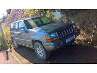 Jeep Grand Cherokee 4.0L Petrol