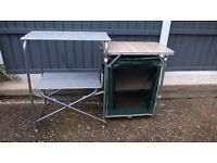 NICE FOLDING CAMPING TABLE / PREP TABLE WITH UNIT