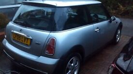 A very good Mini One 1.6 Hatchback in an excellent condition