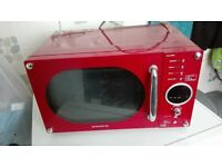 DAEWOO Red Microwave