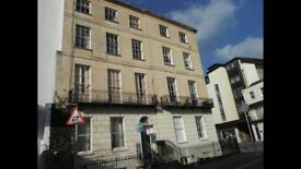 2 Bed fully furnished Regency Flat in Cheltenham town centre