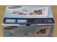 Samsung SPR-71E Digital Photo Frame