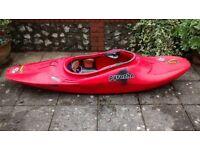 Kayak - Pyranha Recoil