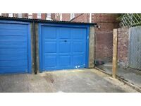 Powderham Crescent - garage to rent