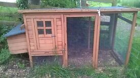 Chicken hut with run for sale (Used) (Reserved)