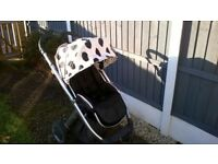 NICE CLEAN OYSTER PUSHCHAIR WITH ZIP EXTENDABLE HOOD