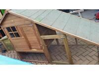 Chicken coop hen house