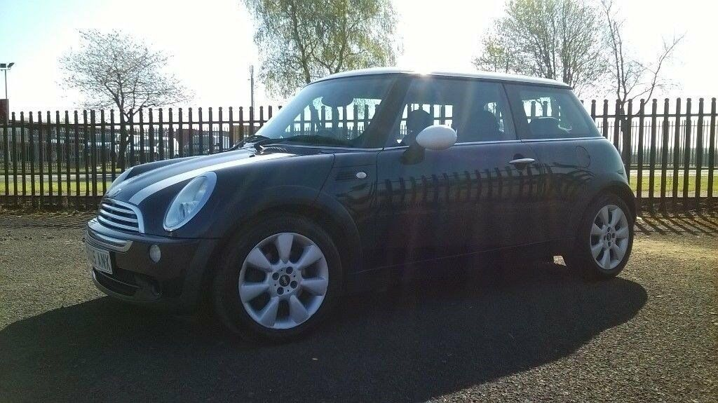 Mini Hatch Cooper: +1 Year MOT, Warranty, Full Service History, Only one previous owner.