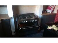 90cm range cooker dual fuel , fully working, inner glass on door missing