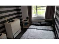 Double room to let in maryhill area available 2nd of Aug