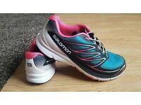 Womens salomon running shoes