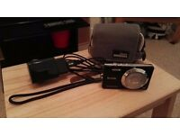 Kodak Easyshare M522 digital camera with carry case