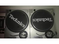 Technics sl1200-Mk2 direct drive turntables