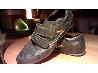 levi's black shoes size uk9/eur42