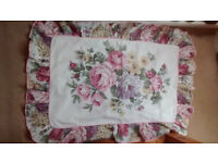 Double duvet set with two pillow cases, floral, never used, cotton/polyester, soft and clean