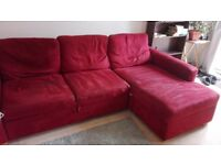 Corneofa with pull out bed and storage