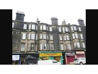 Large 2 bed flat to let in paisely town centre