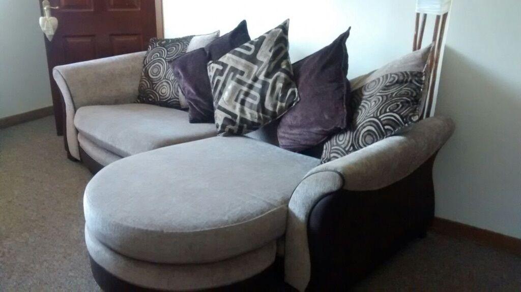 4 Seater Corner Sofa In Saltcoats North Ayrshire Gumtree
