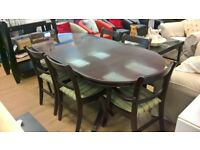 Dining table with six chairs in excellent condition