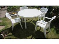White circular patio table